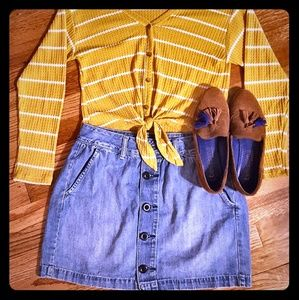 Old Navy Button Down Denim Skirt Sz 4